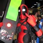 SDCC 2011: Cosplay Photos: Deadpool Loves Geeks of Doom