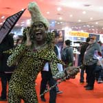 NYCC 2011: Preview Night: Awesome Ruby Rhod (Fifth Element) cosplay