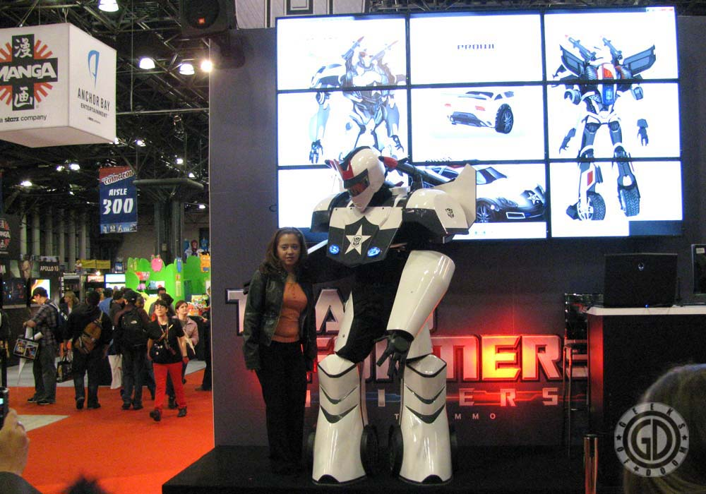 NYCC 2011: Preview Night: Transformers booth