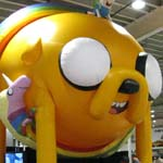 NYCC 2011: Preview Night: Adventure Time: Finn atop a huge Jake the Dog