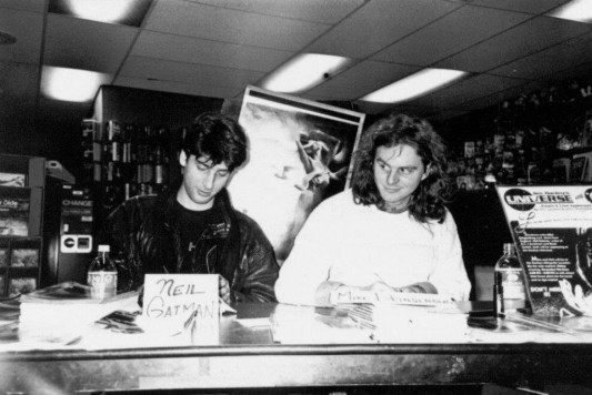 Neil Gaiman&#039;s First-Ever Sandman Signing 