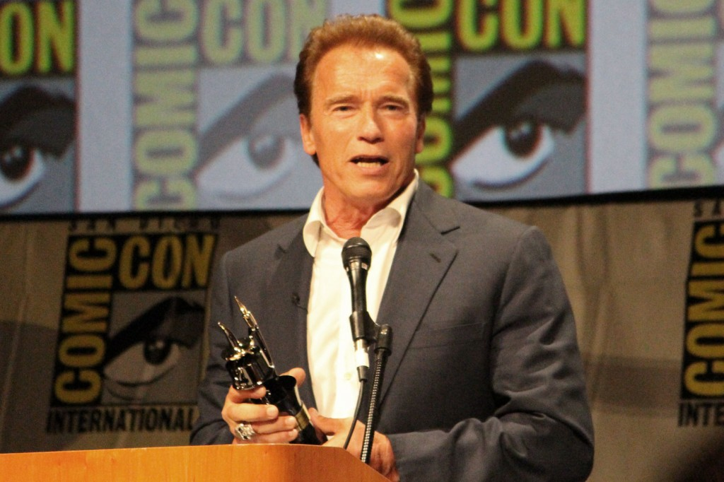 SDCC 2012: The Expendables 2 Panel: Arnold Schwarzenegger accepting the Inkpot Award