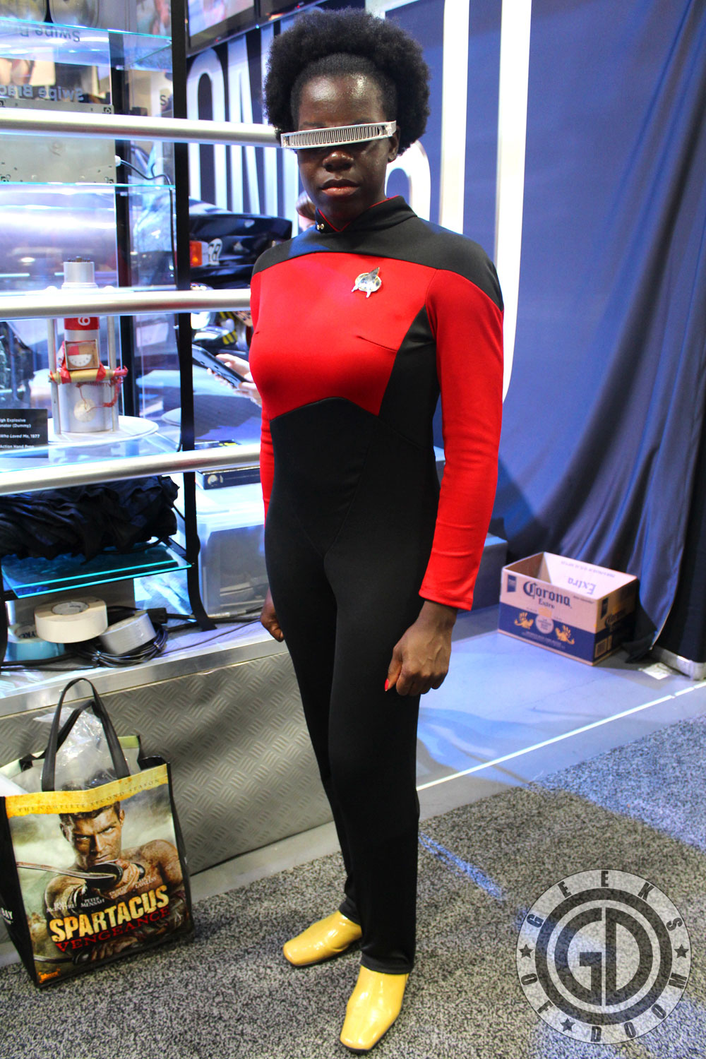 sdcc 2012 cosplay round up star trek tng geordi la forge crossplay. Black Bedroom Furniture Sets. Home Design Ideas