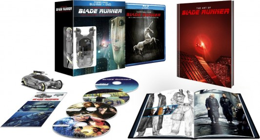 Blade Runner: 30th Anniversary Collectors Edition spread