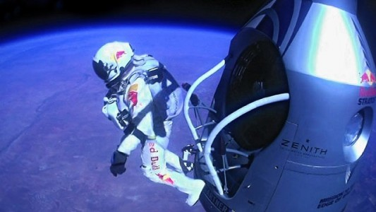 Felix Baumgartner&#039;s Red Bull Space Jump Image
