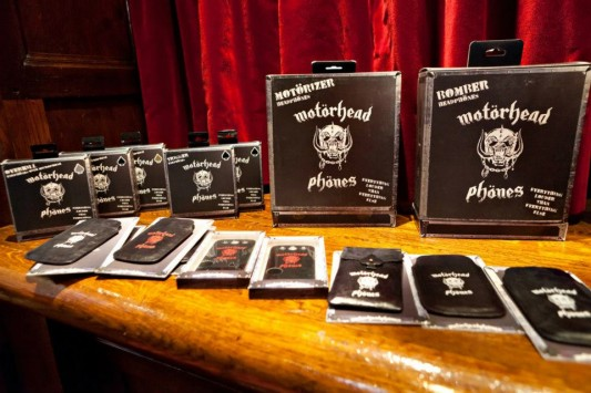 Motorhead Motorheadphones display
