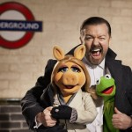 Ricky Gervais with Miss Piggy and Kermit The Frog On the Set of The Muppets...Again