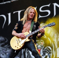 Doug Aldrich (Photo: Joe Sadau)