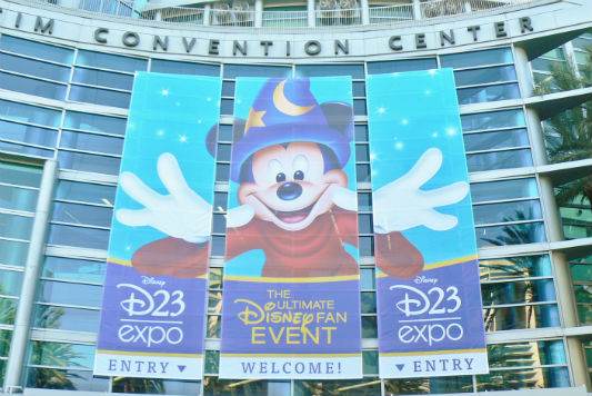 D23 Expo banner 2011 (Photo by Brett Nachman)
