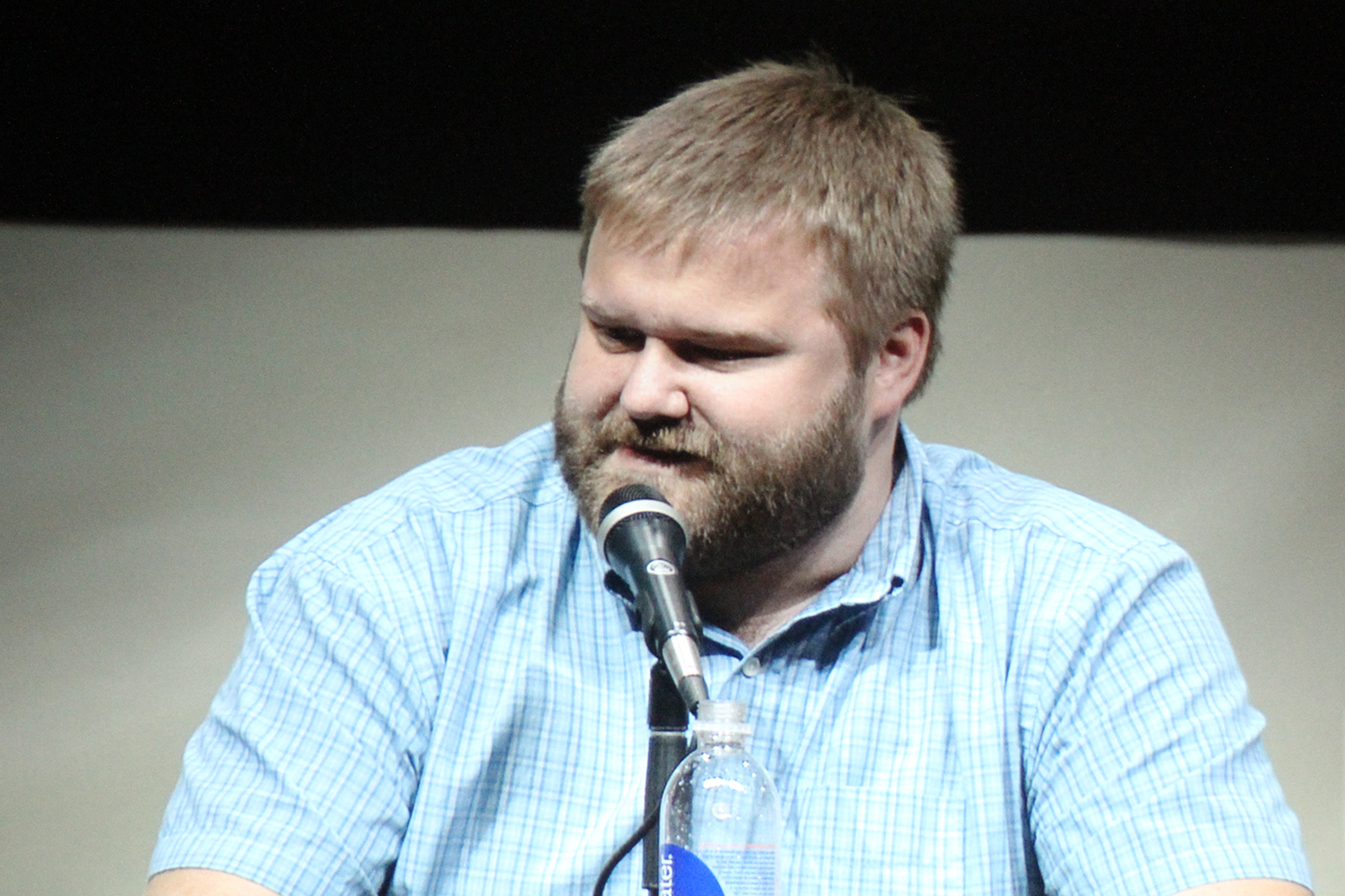 robert kirkman height