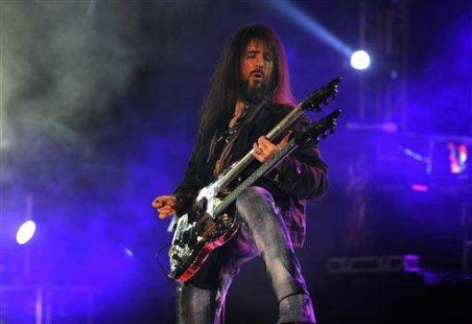 Ron 'Bumblefoot' Thal (Photo: Aijaz Rahi)