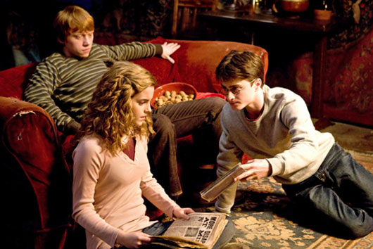 Harry Potter Rupert Grint (Ron), Daniel Radcliffe (Harry), and Emma Watson (Hermione)