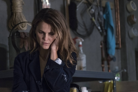 The Americans Season 3 Episode 1 Keri Russell as Elizabeth Jennings