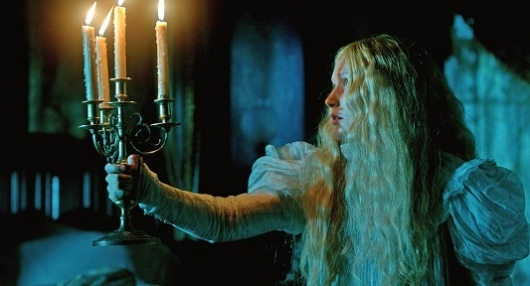 Guillermo del Toro's Crimson Peak - Movie Review