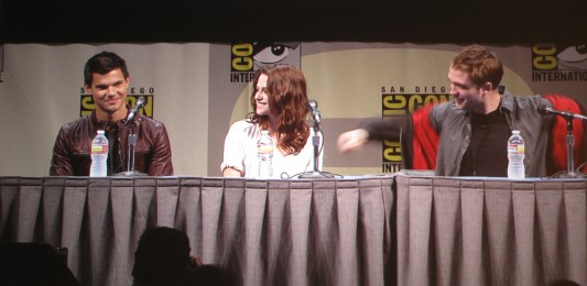 SDCC 2011: Twilight Breaking Dawn, part 1 panel: Taylor Lautner, Kristen Stewart and Robert Pattinson