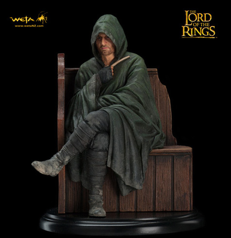 Lord Of The Rings - Strider statue