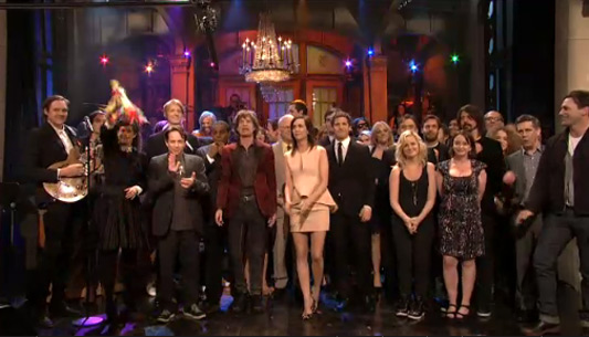 Kristen Wiig's Musical Farewell On SNL