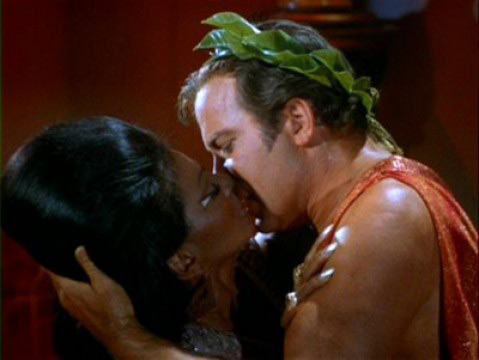 Star Trek Kirk and Uhura kiss