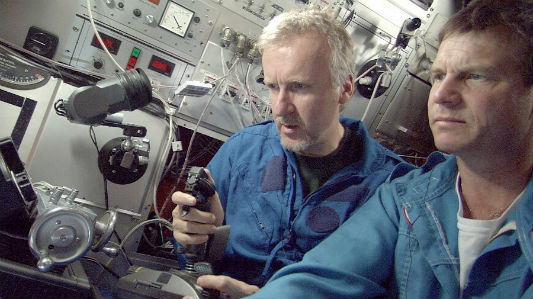 Director James Cameron and actor Bill Paxton explore the Titanic