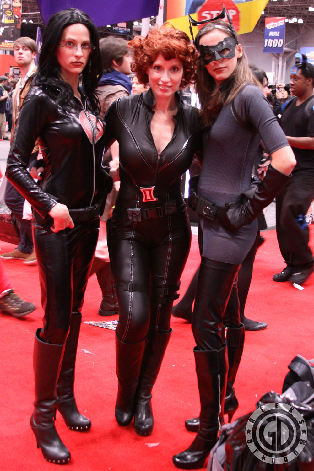 NYCC 2012: Baroness, Catwoman cosplay