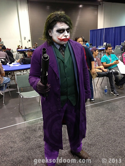 Wondercon 2013 Cosplay Photos Dc Comic The Joker