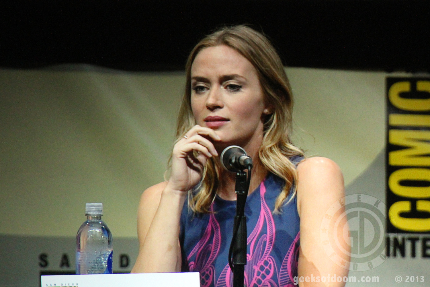 Sdcc 2013 Edge Of Tomorrow Panel Emily Blunt 05