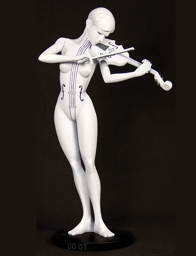 The Umbrella Academy Maquette: White Violin