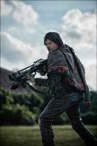 Daryl Dixon Walking Dead action figure from McFarlane Toys 09