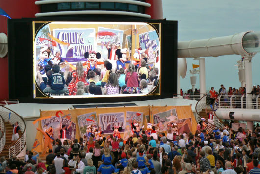Disney Cruise Line, Sailing Away
