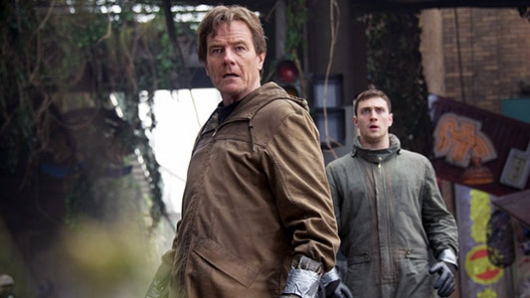 Bryan Cranston and Aaron Taylor-Johnson in GODZILLA