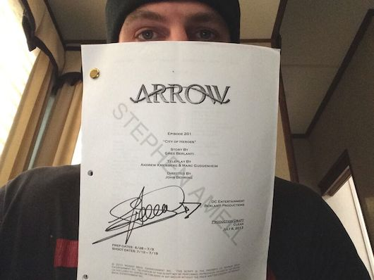Stephen Amell Auctioning Arrow Scripts for Charity