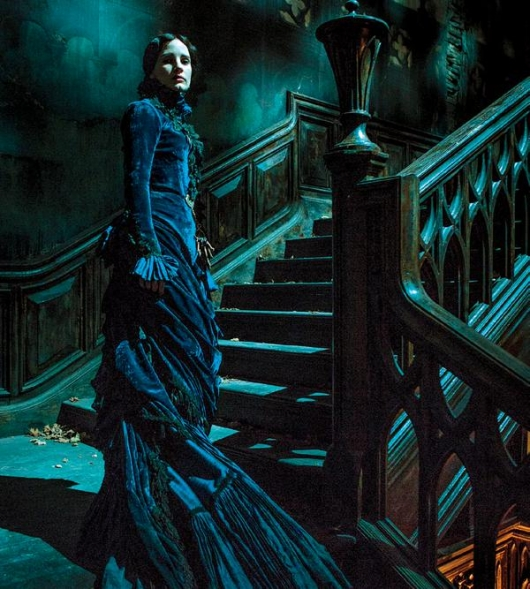 Jessica Chastain in Guillermo del Toro's Crimson Peak