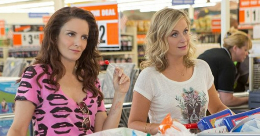 Sisters movie Tina Fey and Amy Poehler cropped