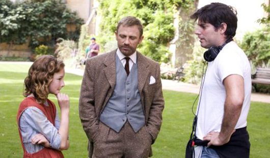 Chris Weitz directing Daniel Craig in The Golden Compass