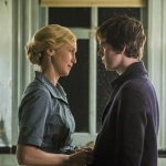 Bates Motel 3.3 Vera Farmiga and Freddie Highmore