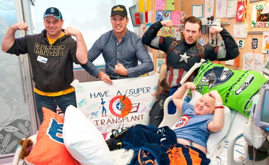 Chris Pratt and Chris Evans Captain America Seattle Children's Hospital