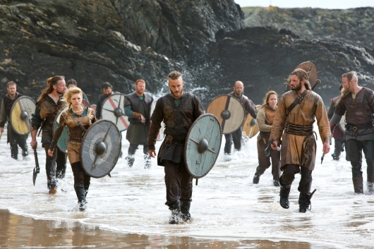 Vikings Charging Shore Ragnar Rollo Lagertha