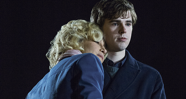 Bates motel vera farmiga and freddie highmore for Freddie highmore movies and tv shows