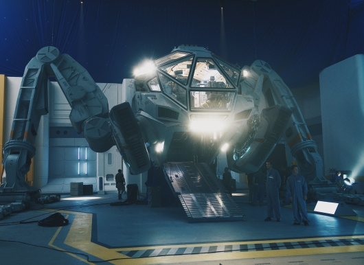 Independence Day: Resurgence Set Photo #1