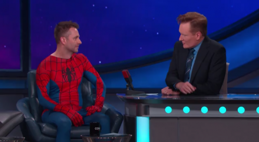 SDCC 2015: Chris Hardwick Gives Conan A Comic-Con Citizenship Test