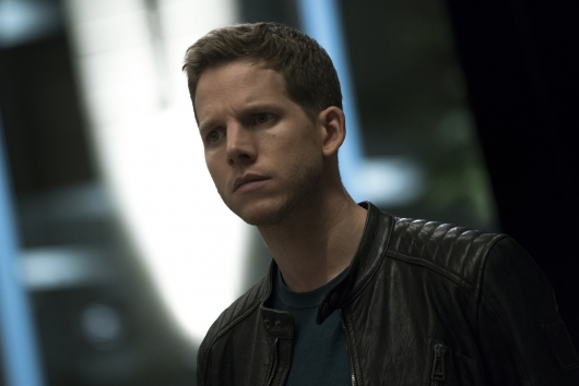 minority report book vs movie Free essay: it is a fool-proof system born to ensure absolute safetybut when it crumbles, would you go against everything it stands for just to save it.