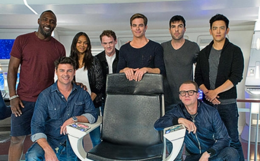 Star Trek Beyond cast on set