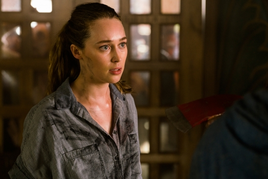 Fear the Walking Dead 2.10 Alycia Debnam-Carey as Alicia Clark