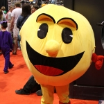 C2E2 2017 Cosplay 09 Pac Man