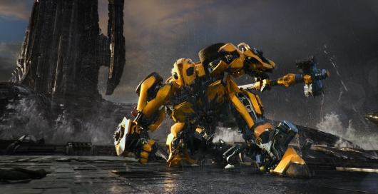 Transformers: The Last Knight feat Bumblebee