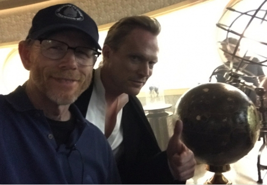 Ron Howard and Paul Bettany On Han Solo Set
