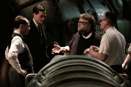 Interview: Guillermo del Toro describes The Shape of Water as a Love Poem About Cinema - Cast and Crew
