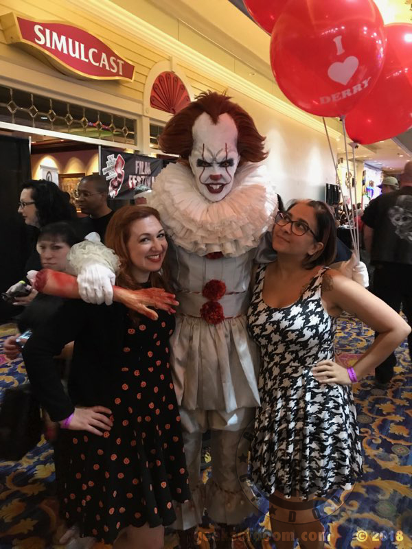 new jersey horror con pennywise it clown cosplay